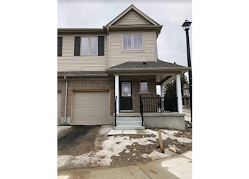 Brand New Townhome in Doon: Photo
