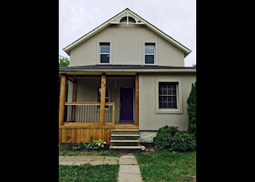 3 Bedroom Home Close to Kitchener's Downtown Core: Photo