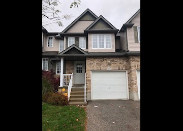 Beautiful Semi-detached in Laurelwood area of Waterloo: Photo