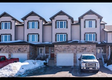 202 Sophia Crescent, Kitchener: Photo