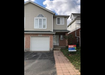 Semi-detached in Laurelwood area of Waterloo: Photo